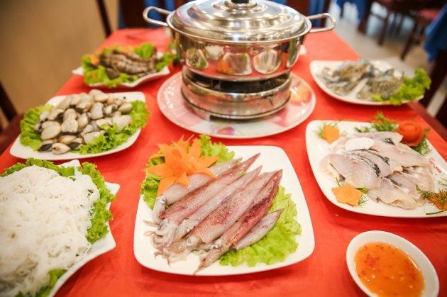 Cách nấu lẩu hải sản thơm ngon, đậm đà hương vị
