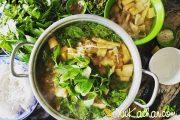 Cách nấu lẩu gà lá é chua cay, đậm đà hương vị