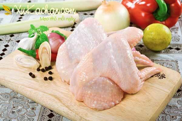 Nguyên liệu nấu lẩu gà chua cay
