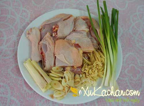 Nguyên liệu nấu lẩu gà hầm sả