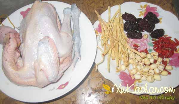 Một số nguyên liệu nấu lẩu gà hầm thuốc bắc cần chuẩn bị