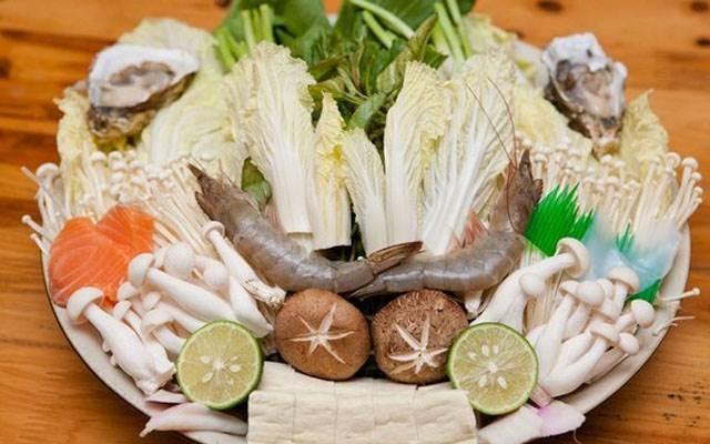 Một số nguyên liệu nấu lẩu hải sản - lẩu hải sản gồm những gì