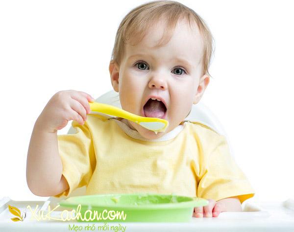 Nuôi trẻ sơ sinh - Dinh dưỡng cho bé 10 tháng tuổi