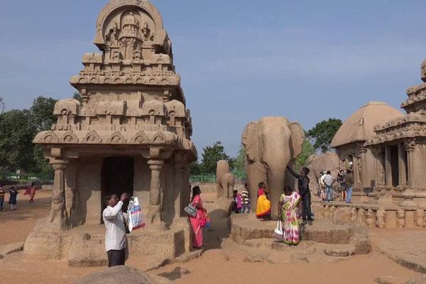 Khu đền thờ ven biển tại quần thể Mahabalipuram, Tamil Nadu, Ấn Độ