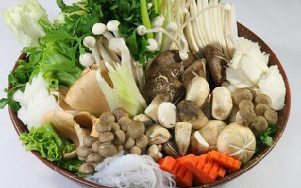Sơ chế nấm và các loại rau ăn lẩu chay - cách nấu lẩu chay ngon