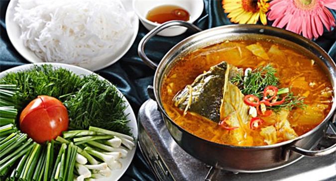 Lẩu cá lăng măng chua thơm ngon hấp dẫn - cách nấu lẩu cá lăng măng chua