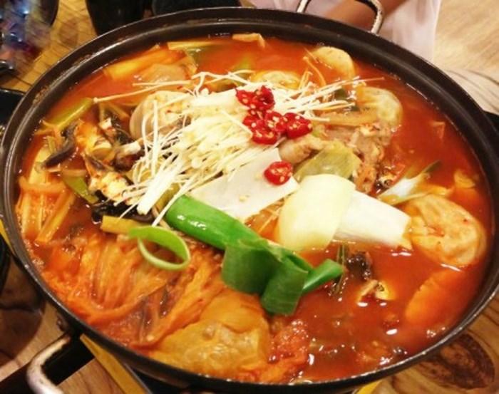 Lẩu kim chi Hàn Quốc ngon tuyệt - cách nấu lẩu kim chi hàn quốc