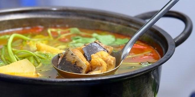 Nấu lẩu cá đuối - cách nấu lẩu cá đuối