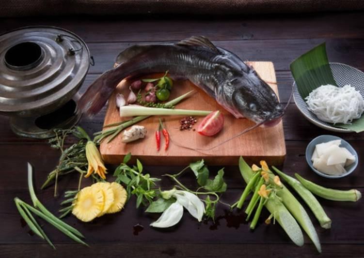 Một số nguyên liệu nấu lẩu cá lăng cần chuẩn bị - cách làm lẩu cá lăng