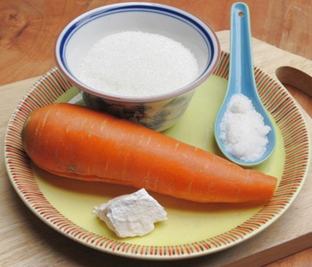 Một số nguyên liệu làm mứt cà rốt - cách làm mứt cà rốt ngon