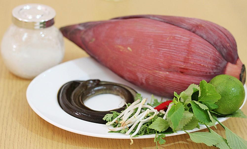Một số nguyên liệu nấu lẩu lươn hoa chuối - cách nấu lẩu lươn