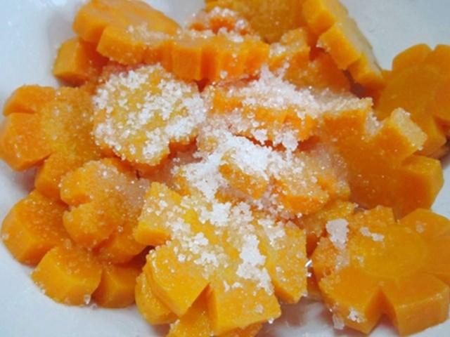 Ướp cà rốt với đường - cách làm mứt cà rốt truyền thống