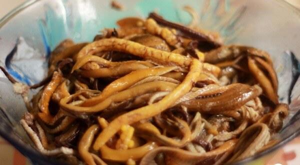 Phần thịt lươn lấy được sau khi gỡ xong - cách nấu cháo lươn ngon cho bé