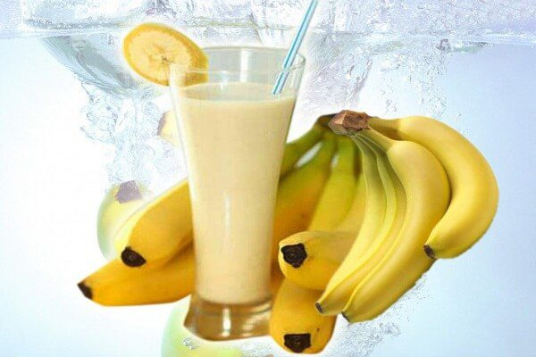 Sinh tố chuối sữa chua thơm ngon hấp dẫn - cách làm sinh tố chuối cho bé