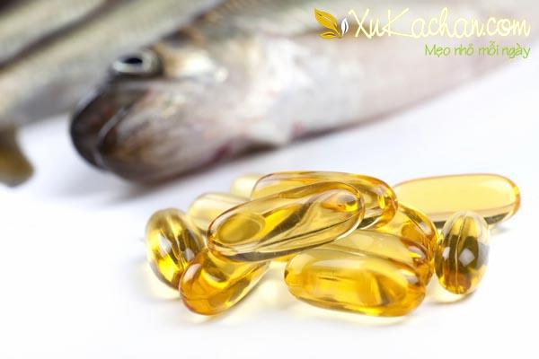 Sử dụng thuốc và thực phẩm bổ sung - cách trị mụn bọc sưng đỏ