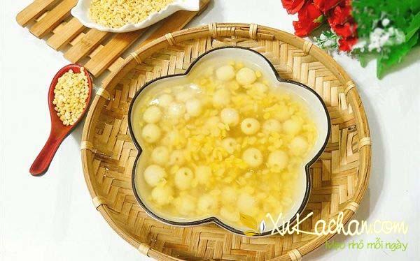 Cách nấu chè hạt sen tươi với đậu xanh và bột sắn dây - cách nấu chè hạt sen đậu xanh