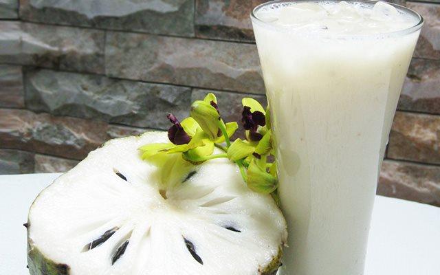 Sinh tố mãng cầu thơm ngon hấp dẫn - cách làm sinh tố mãng cầu bich