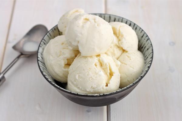 Kem dừa tự làm tại nhà vừa ngon vừa hấp dẫn - cách làm kem dừa bằng whipping cream