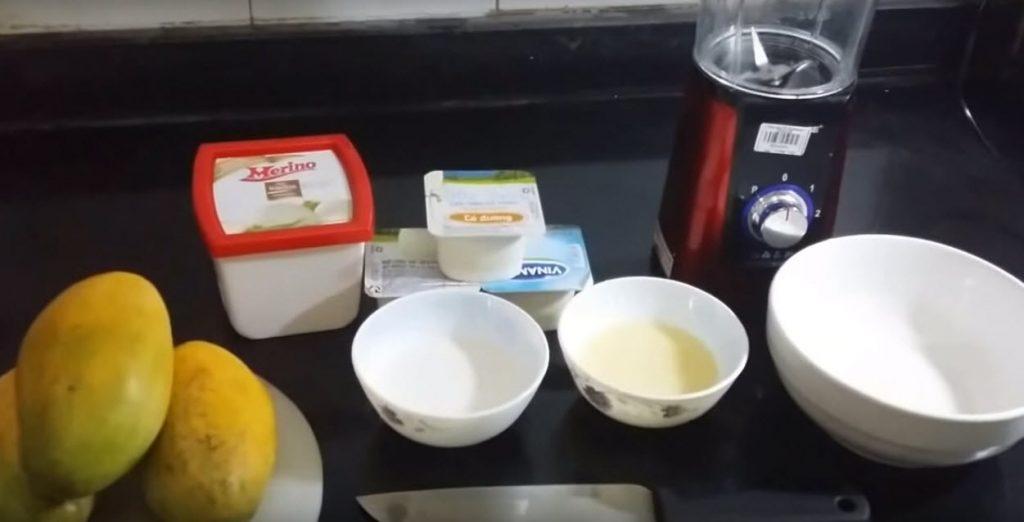 Một số nguyên liệu và dụng cụ làm kem xoài cần chuẩn bị