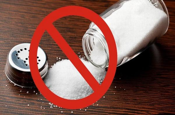 Ăn ít muối giúp giảm huyết áp - Phòng chống tăng huyết áp