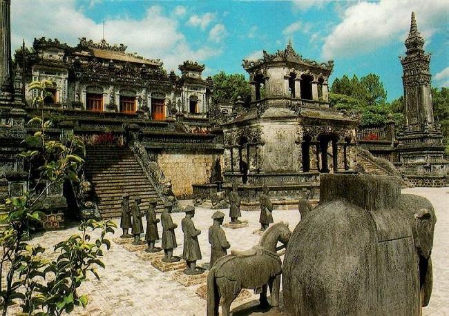 Kiến trúc Lăng Khải Định ở cố đô Huế