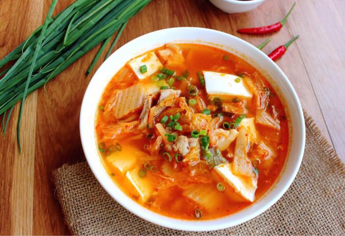 Cách nấu canh kim chi chay ngon - chuẩn vị Hàn Quốc - cach nau canh kim chi