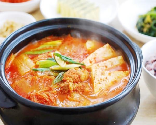 Canh kim chi Hàn Quốc