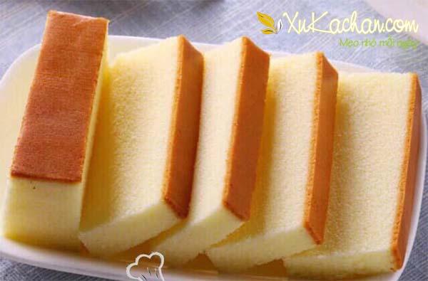Cách làm bánh bông lan bằng nồi cơm điện ngon và hấp dẫn nhất