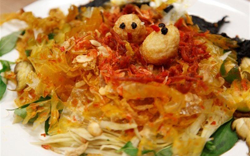 Bánh tráng trộn Sài Gòn thơm ngon hấp dẫn