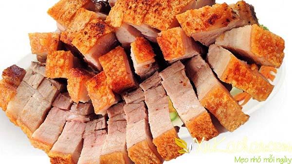 Thành phẩm món thịt heo quay giòn bì có được