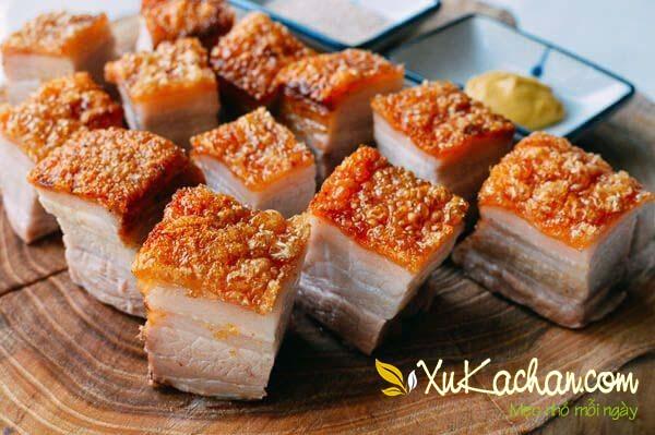 Thịt heo quay giòn bì thơm ngon hấp dẫn được nhiều người yêu thích