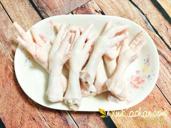 Một số lưu ý khi chọn mua chân gà rút xương ngon