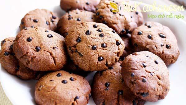 Bánh quy bơ socola ngon giòn hấp dẫn - cach lam banh quy