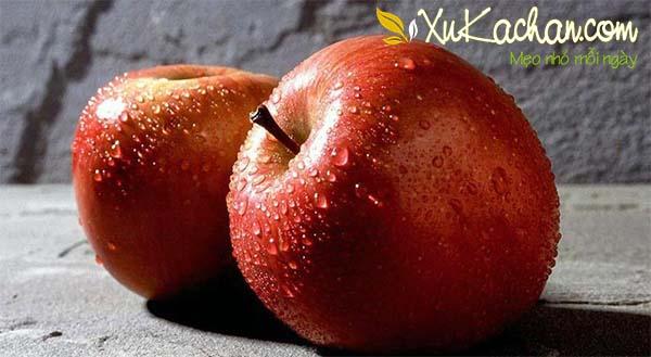 Mẹo chọn táo ngon