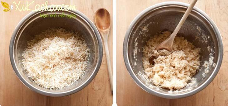 Trộn dừa nạo với hỗn hợp lòng trắng trứng